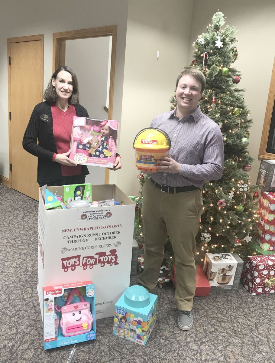 CUSB Employee Charity Jean Day Christmas Donation