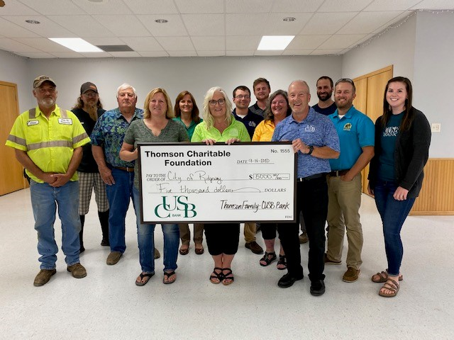 CUSB donates $5,000 to City of Ridgeway for Gissleson Park Improvements