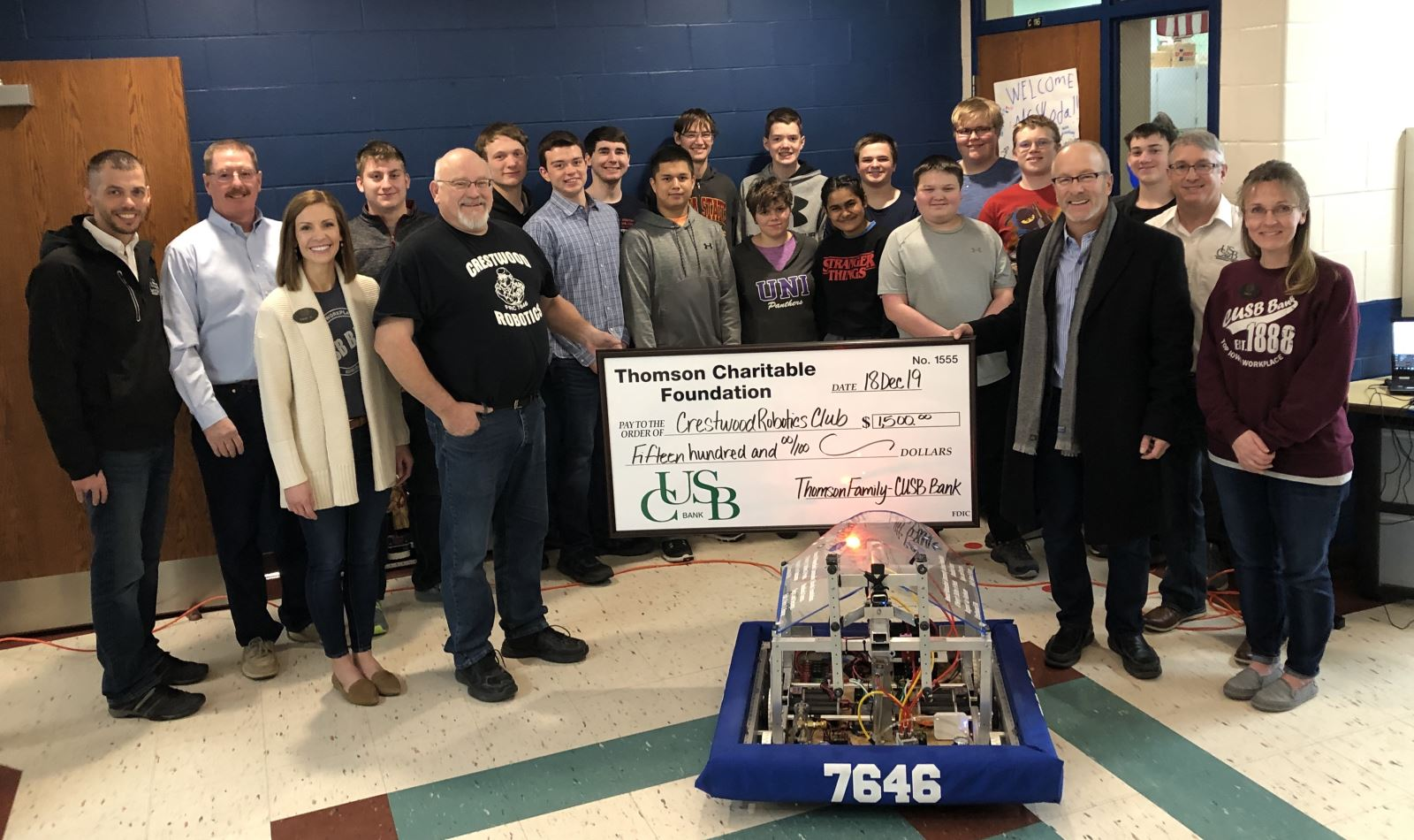 CUSB donations $1,500 to Crestwood Robotics Club